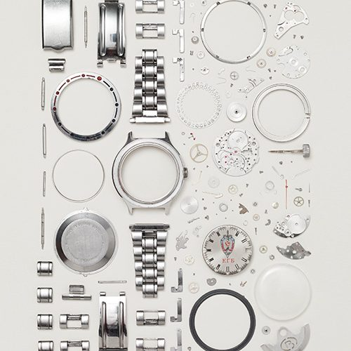 ella-exhibit-things-come-apart-disassembled-russian-watch-03